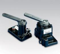 V-Series, 3-Way Directional Manual Control Valves